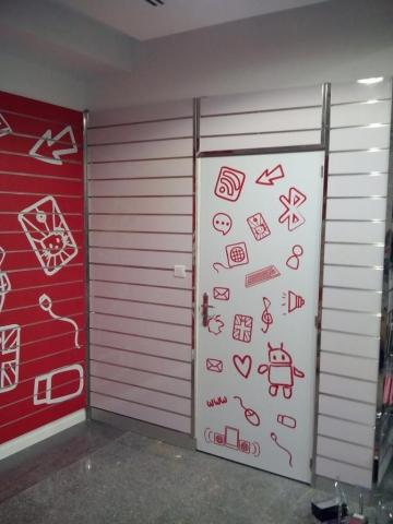 Decoração de Interior Loja em Vinil Impresso
